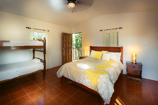 nicaragua popoyo nicawaves surfing hotel 16 528x352 - Popoyo Nicaragua Hotel House Rentals